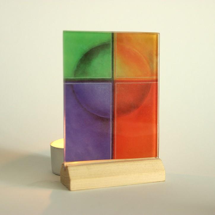 Lichtsymbol auf Glas: Kreuz Lebensfarben